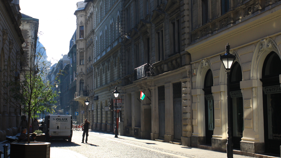 Street view of shooting in Budapest