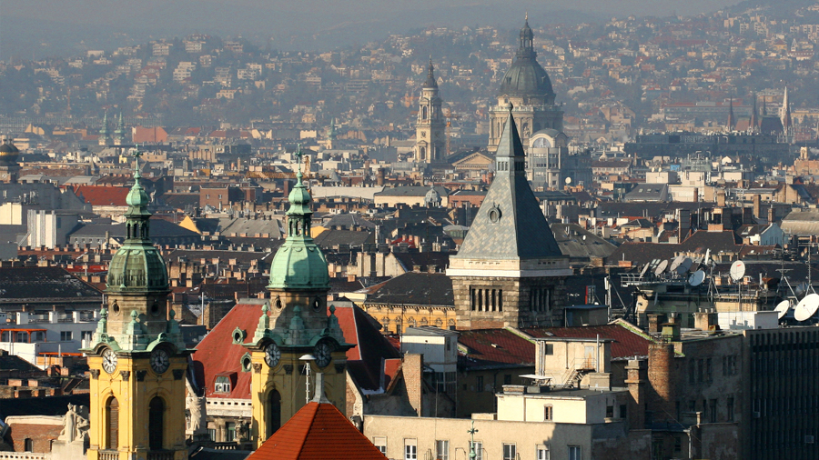 Rooftops for video production in Budapest