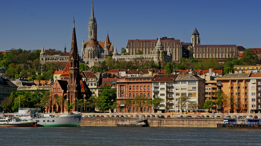 Riverside for feature films in Budapest