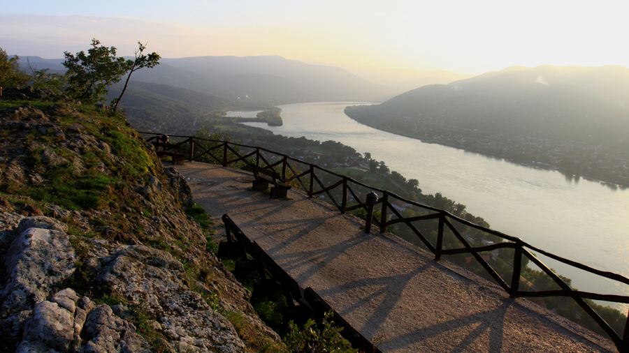 Filming locations with a river view in Hungary