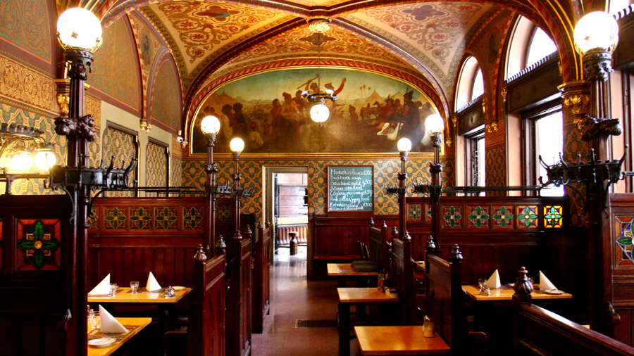 Hungarian restaurant for filming in Budapest