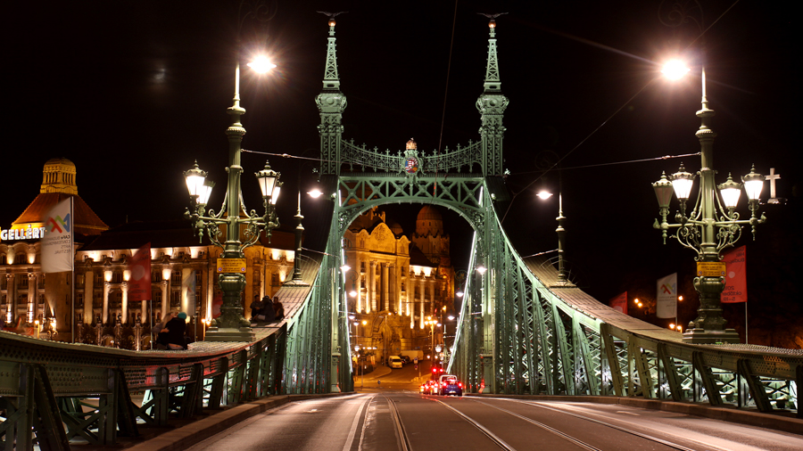 Beautiful bridges for filming in Budapest