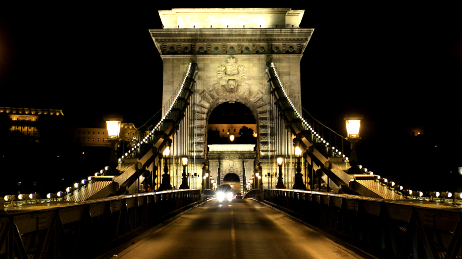 Bridge by night photo production in Budapest