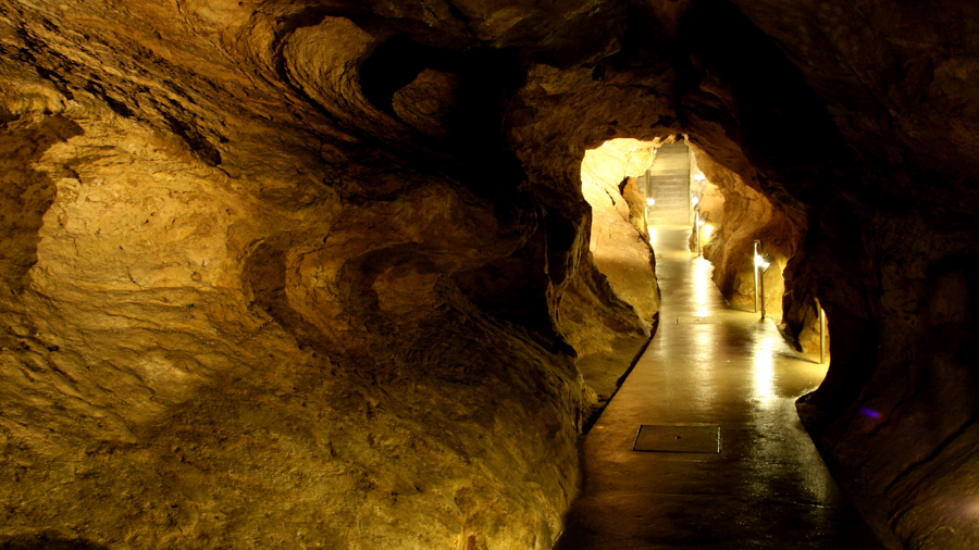 Caves for film production in Hungary